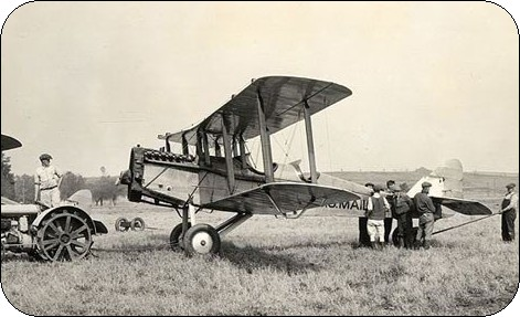 de Havilland DH-4 used to transport U.S. Mail - Airmail